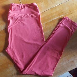 Lularoe TC leggings in coral pink